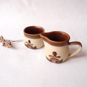 EARTHY floral sugar bowl and milk jug set